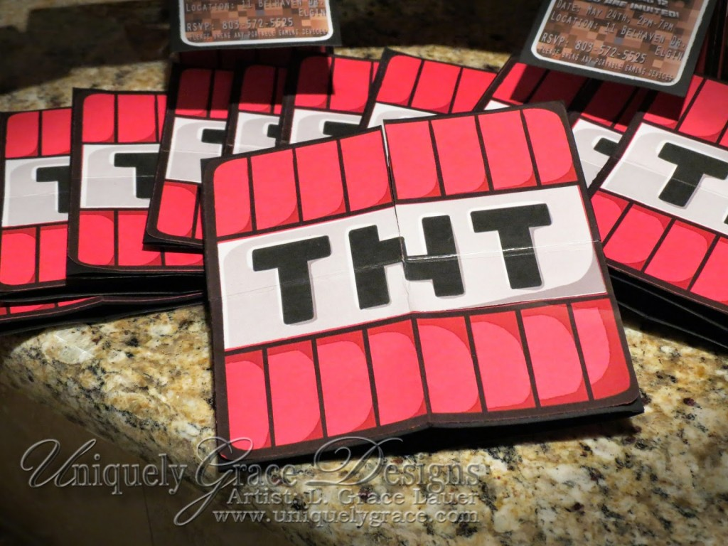 Minecraft TNT Exterior Card Flattens For Mailing Click To Enlarge