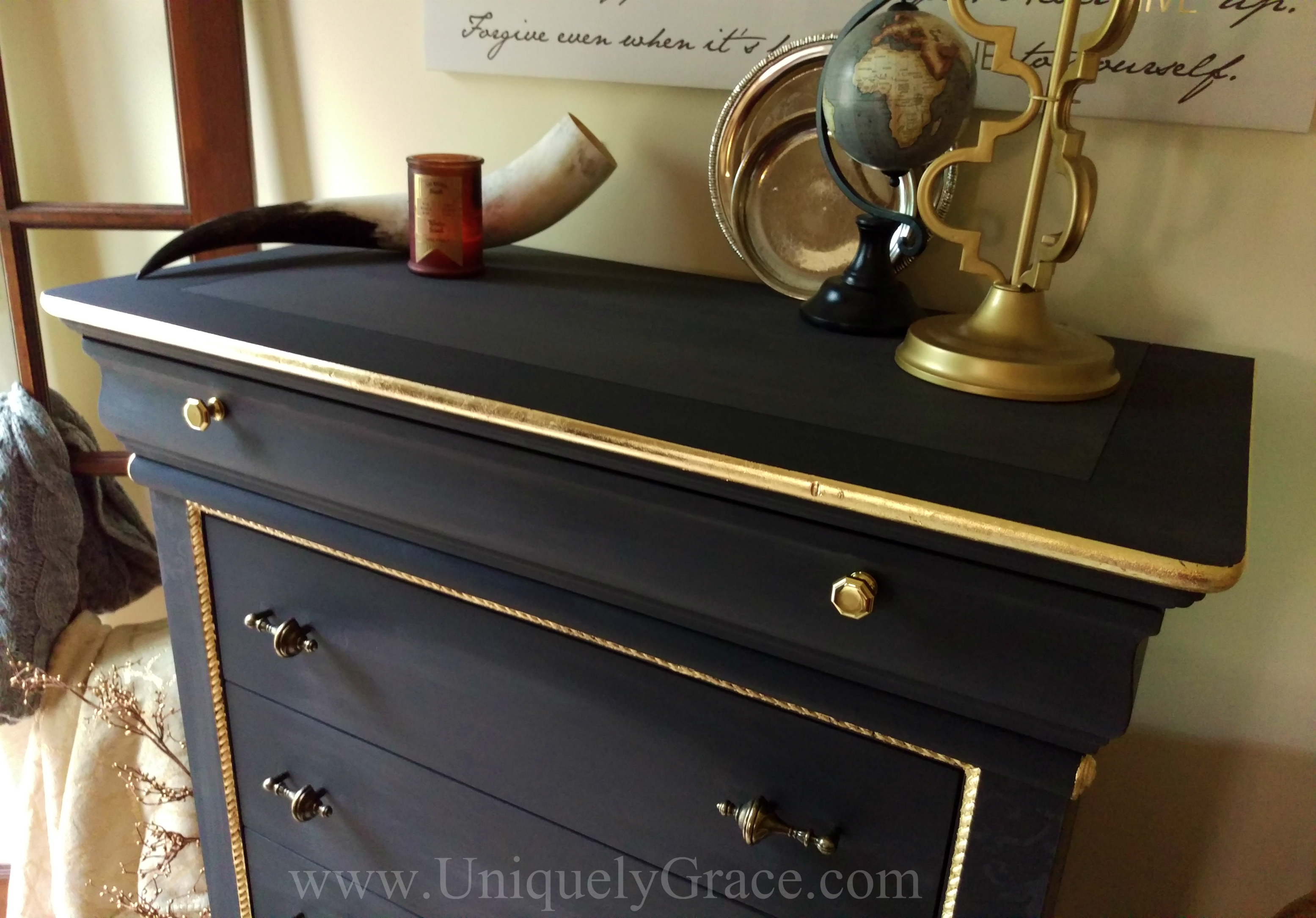 LOGO Top Two Toned Black Truffle Pure Original Uniquely Grace Gold Leaf  Dreser Pulls Knobs